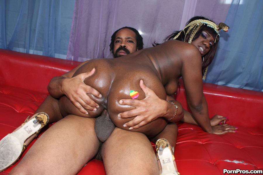 Секс и порно нигритянками 4 фотография