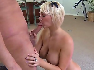 Cute mature blonde Anya Peacock likes