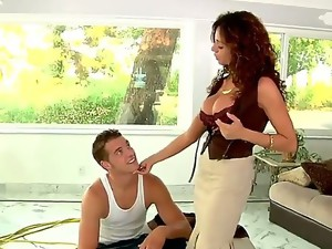 Busty mature woman with great forms of body Ariella Ferrera gets her unshaved loving hole