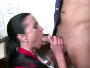 amateur,cfnm,femdom,fetish,hardcore,hot mom,housewife,mature,milf,mom