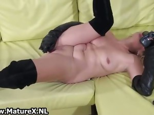 amateur,ass,babe,fetish,mature,milf,nylon,solo,stockings,toys,wife,older,masturbation
