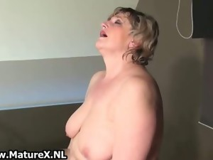 amateur,mature,solo,stockings,wife,older,masturbation