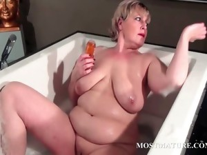 bbw,big tits,granny,hardcore,mature,milf,mom,older,masturbation