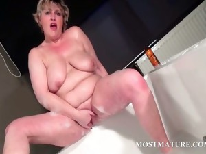 bbw,blonde,granny,hardcore,mature,milf,toys,older,masturbation