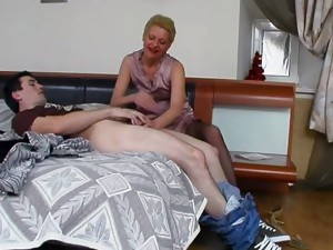 Couple;Vaginal Sex;Oral Sex;Mature;Blonde;Caucasian;Blowjob;Stockings;Lingerie;Cum Shot;Russian