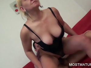 blonde,blowjob,granny,hardcore,mature,milf,mom,older,masturbation