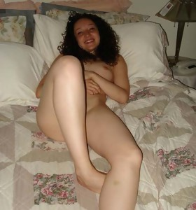 Sizzling hot photo collection of amateur naked and kinky mamacitas posing